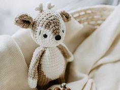 leami - Lenas Amigurumis crochetpattern by leamigurumi Half Double Crochet, Single Crochet, Crochet Animals, Crochet Toys, Big Dogs, Etsy Seller, This Or That Questions, Knitting, Deer