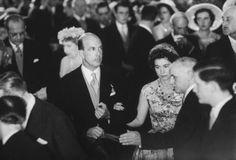 Rey Umberto II de Italia, Reina Frederike de Grecia, Reina Victoria Eugenia de España, Rey Pablo I de Grecia, Rey Simeon II de Bulgaria, algunos de los invitados a la boda del conde de Claremont con la duquesa de Württemberg