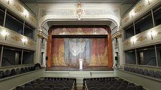 El teatro más antiguo de España, en San Lorenzo de El Escorial (Madrid). Joya del siglo XVIII