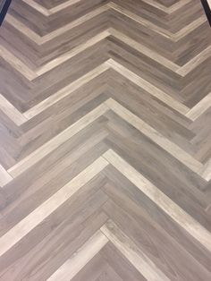 Arizona Tile offers Savannah color body porcelain made in Italy and is created to mimic natural wood planks, using digital technology. Floor Design, House Design, Basement Remodeling, Basement Ideas, Wood Look Tile, Herringbone Pattern, Wood Planks, Pattern Mixing, Rustic Style