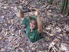 http://www.vietnamitasenmadrid.com/2011/11/tuneles-de-cu-chi.html Los túneles de Cu Chi, a las afueras de Saigón (Ho Chi Minh City). Vestigios de la guerra de Vietnam