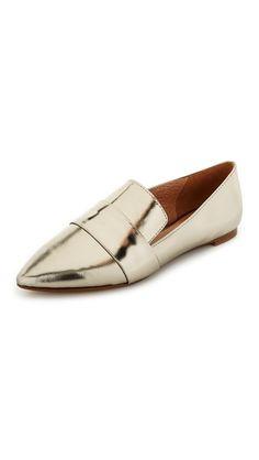 Madewell Kai Banded Loafer Flats https://www.shopbop.com/kai-banded-loafer-flats-madewell/vp/v=1/1546371607.htm?folderID=2534374302024643&os=false&colorId=86104&extid=affprg_CJ_SB_US-2178999-ShopStyle.com&cvosrc=affiliate.cj.2178999
