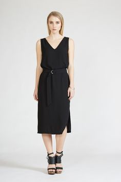 gotta dress - new in : shop online • m o o c h i - black washer crepe with b black