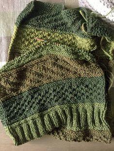 : Der Guernsey-Schal wächst Just knit.: The Guernsey scarf grows … / the strickenundHäkeln # Baby's sleep problems:This is how the loop looks beforeEinfach stricken. Simply Knitting, Knitting Blogs, Easy Knitting, Knitting Patterns, Casual Sweaters, Baby Sweaters, Learn To Crochet, Easy Crochet, Crochet Shirt