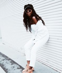 Your Shoes, My Outfit, White Jeans, Advertising, How To Make, Pants, Outfits, Instagram, Fashion
