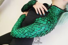 Dragon Scale Bolero Pattern PDF You are in the right place about black Skirt Here we offer you the most beautiful pictures about the ruffle Skirt you are looking for. When you examine the Dragon Scale Bolero Pattern, Cosplay Dress, Cosplay Armor, Character Outfits, Costume Design, Ideias Fashion, Sewing Patterns, Cool Outfits, My Style