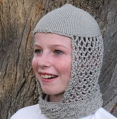 Crochet Hoods Crocheted hood by HoneyBee Bungalow is a fun and lightweight alternative to chainmail for a knight costume. Crochet Hood, Knit Crochet, Crochet For Kids, Crochet Baby, Hena, Knitting Patterns, Crochet Patterns, Crochet Costumes, Knight Costume