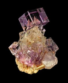 Fluorite, Baryte Photo Copyright © Dan & Diana Weinrich Minerals  - This image is copyrighted. Unauthorized reproduction prohibited. Locality: Berbes, Berbes Mining area, Ribadesella, Asturias, Spain,3.5 x 2.6 x 1.5 cm