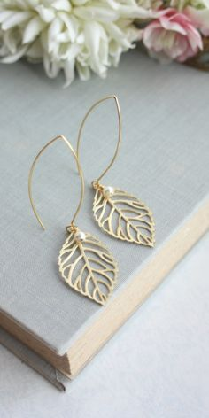 Gold Leaf and Ivory Pearls Earrings.