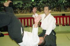 A los 56 años de edad estoy empezando a reevaluar la dificultad real del Aikido. Realmente es necesario siempre mantener una mente de princi...