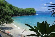Pantai Blue Lagoon, Keindahan Pantai Tersembunyi di Bali Timur