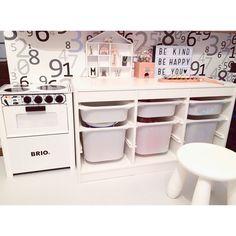 IKEAボックスだから叶う!上手なおもちゃの片付け方   RoomClip mag   暮らしとインテリアのwebマガジン