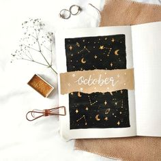 How To: Magical October Cover Page Kunst, M, Kunst Celestial Star Oktober Titelseite Bullet Journal Bullet Journal Aesthetic, Bullet Journal Ideas Pages, Bullet Journal Spread, Bullet Journal Inspo, My Journal, Journal Covers, Bullet Journal Cover Page, Diy Journal Cover Ideas, Bullet Journal Expense Tracker
