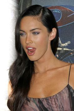 Photos of Nude Megan Fox and some fappening collection. Megan Fox was born may In her pedigree there are Irish, French and native American roots. Megan Fox Body, Megan Denise Fox, Beautiful Celebrities, Beautiful Actresses, Beautiful Women, Hollywood Celebrities, Hollywood Actresses, Fox Actress, Megan Fox Transformers