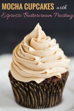 with Espresso Buttercream Frosting Mocha Cupcakes with Espresso Buttercream Frosting - An easy recipe and a perfect way to get your dessert and coffee fix all in one! Cupcake Frosting, Buttercream Frosting, Cupcake Cakes, Cupcake Ideas, Mocha Frosting, Coffee Buttercream, Espresso Frosting Recipe, Coffee Icing, Chocolate Buttercream