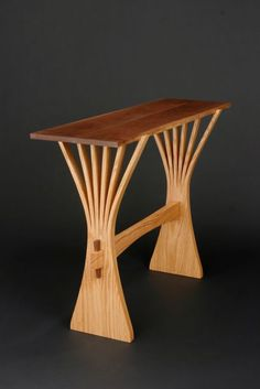 Abanico Hall Table