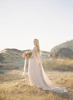 5-outdoor-blush-wedding-ideas