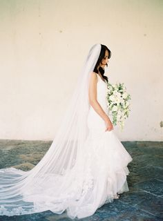 pronovias-wedding-gown-cathedral-veil-white-flowers