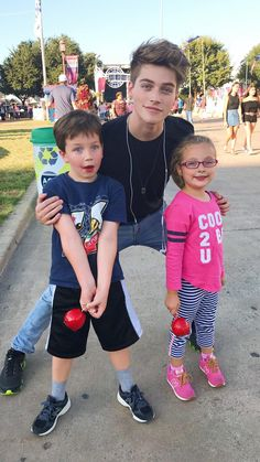 AGAIN HERE FROY IS WITH CHILDREN LIKE HOW CUTER CAN HE BE