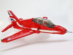 Red Arrows toy plane could soon be made by Lego Lego Cars, Lego Plane, Cool Lego, Cool Toys, Lego Avion, Construction Lego, Lego Ship, Lego Builder, Red Arrow