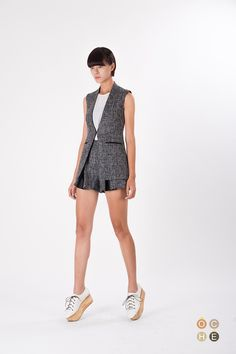 Wool blend V neck vest - OCHEBOUTIQUE