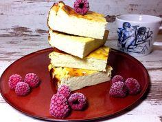 Lowcarb Vanille-Käsekuchen ohne Zucker - mit Xucker light, Vanillepuddingpulver, Magerquark, Frischkäse, Zitronensaft, Bio Eiern und Backpulver.