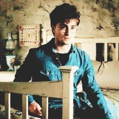 harry j. potter // deathly hallows part 2 Harry Potter Hermione Granger, Harry Potter Films, Harry Potter Spells, Harry James Potter, Harry Potter Universal, Harry Potter Fandom, Dean Thomas, Deathly Hallows Part 2, Harry Potter Pictures