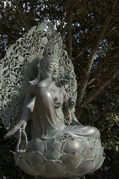 Buddha 01 by gokakujyu, via Flickr