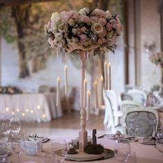 Свадьба окутанная любовью и магией свечей ✨ Организатор: @lyubodorogo.events Флористика: @fleurdelis.bouquetshop Декор: @savanna_weddingdecor