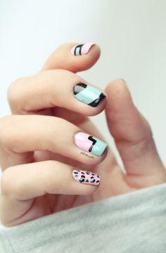 (Tuto Nail Art) The New Black // Trendy associations! Get Nails, Love Nails, How To Do Nails, Pretty Nails, Hair And Nails, Chic Nails, Gorgeous Nails, Nail Art Designs, Nailart