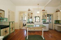 Google Image Result for http://www.laawesome.com/wp-content/uploads/2011/12/05-karen-and-guy-interior-design-vidal-victorian-kitchen.jpg