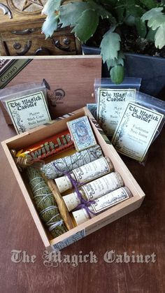 The Ultimate Smudge Kit: Upcycled old wooden Cigar box is full of everything you would need for smoke clearing, protection and meditation for a very long time. Pagan Yule, Pagan Witchcraft, Wiccan, Diy Yule Gifts, Craft Gifts, Witch Room, Cigar Box Crafts, Wooden Cigar Boxes, Steampunk House