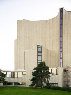 Reima & Raili Pietilä - church of Kaleva, Tampere Finland / TÉCHNE