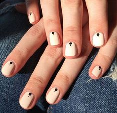 Have you heard of the idea of minimalist nail art designs? These nail designs are simple and beautiful. You need to make an art on your finger, whether it's simple or fancy nail art, it looks good. Easy Nails, Simple Nails, Cute Nails, Dot Nail Designs, Simple Nail Art Designs, Nails Design, Elegant Designs, Chic Nail Designs, Salon Design