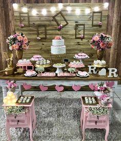 Baby Girl Birthday Ideas Tutorials New Ideas Baby Nursery Art, Baby Girl Nursery Themes, Birthday Decorations, Wedding Decorations, Birthday Ideas, Paris Party, Baby Girl Birthday, Crochet For Boys, Table Arrangements