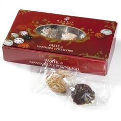 Paste di Mandorla e Pistacchio...http://www.siciliainweek.it/it/dolci-natalizi-siciliani-panettone-al-pistacchio-/290-paste-di-mandorla-e-pistacchio.html