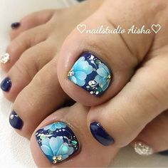 Pretty Toe Nails, Cute Toe Nails, Super Cute Nails, Pretty Nail Art, Pedicure Nail Designs, Pedicure Nail Art, Toe Nail Designs, Toe Nail Color, Toe Nail Art