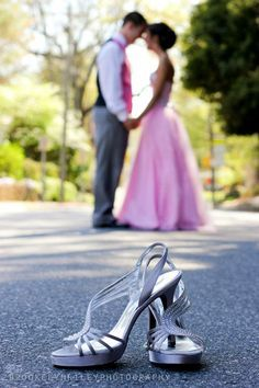 1000+ ideas about Prom Pictures Couples on Pinterest | Prom ...