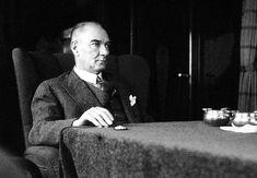 Atatürk'ün Fazlasıyla Vizyon Sahibi Olduğunu Gösteren 25 Önemli Sözü