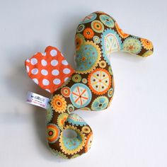 seahorse rattle( hearts and clogs) £11.50