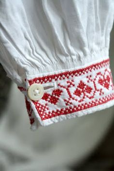 me and Alice: Handmade! Cross-stitch cuff...