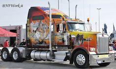 Trucking... Fine looking KW