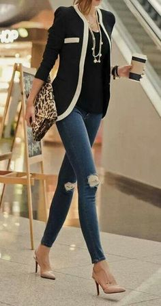 .Classy blazer and ripped skinnies