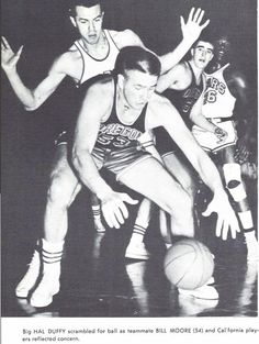 Oregon basketball player Hal Duffy defends a Cal player in 1957 at Mac Court. From the 1957 Oregana (University of Oregon yearbook). www.CampusAttic.com