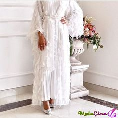 This post was discovered by Sa Islamic Fashion, Muslim Fashion, Modest Fashion, Fashion Dresses, Fashion Clothes, Hijab Evening Dress, Hijab Dress, Hijab Style, Hijab Chic