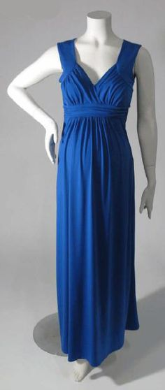sweetheart maxi maternity dress