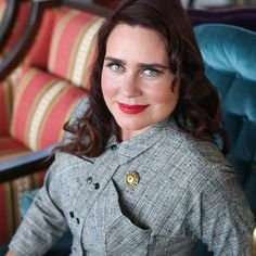 Join one of California's most prestigious vintage and antiques experts for an afternoon library talk and conversations about collecting, shopping for antiques and decorating tips of the trade.From the San Francisco Bay Area, Sandra Michaan will be bringing 20 years of experience and expertise in vintage and antiques to speak in Lowestoft. She is the Co-Founder and Show Producer of the world famous Alameda Point Antiques Faire and Vintage Fashion Faire, and Vice President of Michaan's…