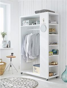 54 Custom Small Closet Design Ideas That You Can Try In Your Home - Coziem Diy Fitted Wardrobes, Diy Wardrobe, Wardrobe Design, Wardrobe Storage, Wardrobe Organisation, Organisation Ideas, Small Wardrobe, Sliding Wardrobe, Modern Wardrobe
