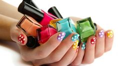 Back to #BeautyBasics: learn how to choose the perfect #NailPolish: https://goo.gl/zuJ7Kx #nails #manicure #NailFashion #BeautyTips