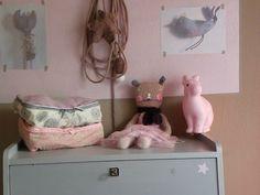 Sweet pink rabbit lamp